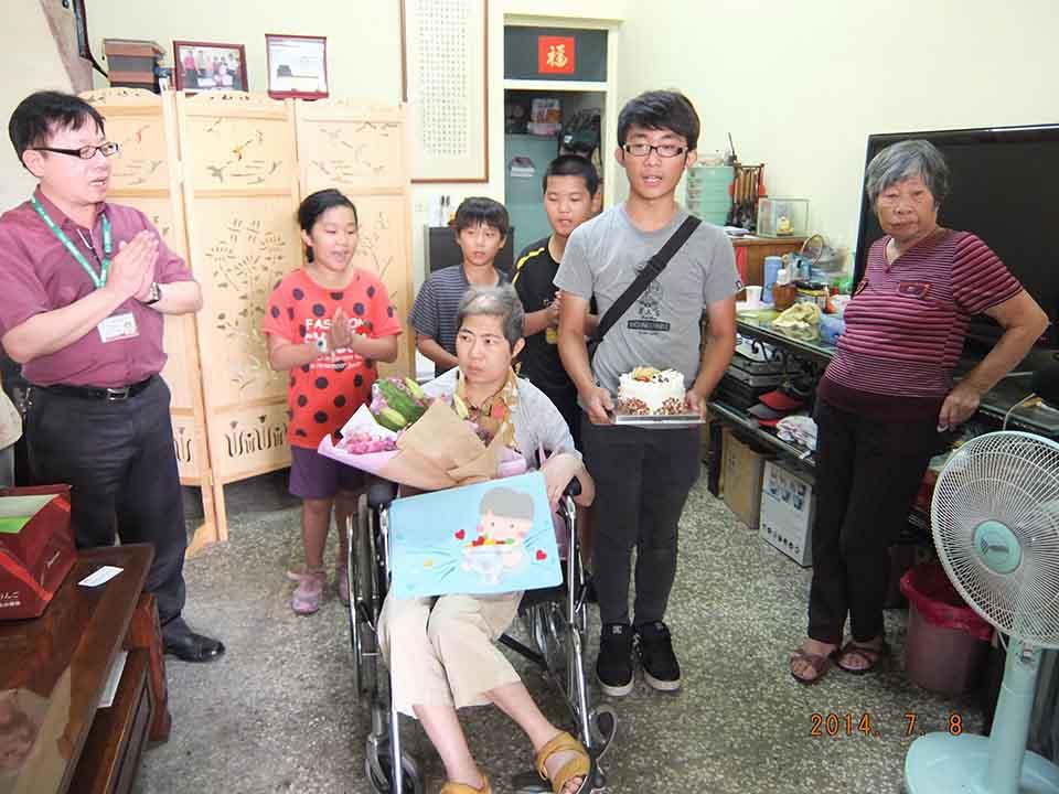 王筱嵐認養家扶兒30年 生命畫下無憾的終點
