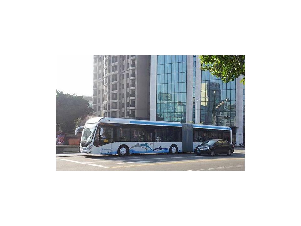 台中BRT未完工開放搭乘 市議員:質疑安全性