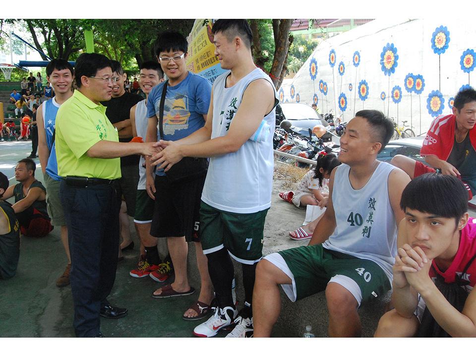 鳳凰颱風來襲 彰化市長盃籃球賽百人競技