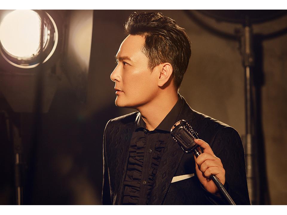 張信哲出席金曲頒「特別貢獻獎」徐佳瑩受邀擔任嘉賓