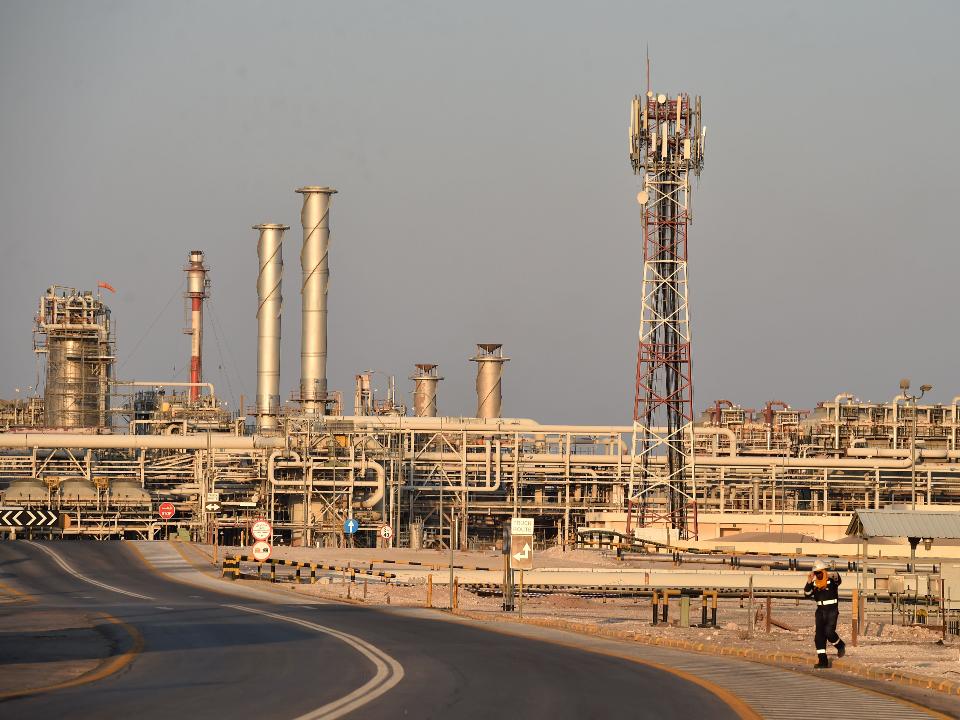 國際油價慘跌 美俄會商沙國出口增量 台灣95無鉛汽油跌到1字頭