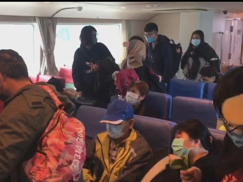 客輪出港冒黑煙   116乘客海上驚魂