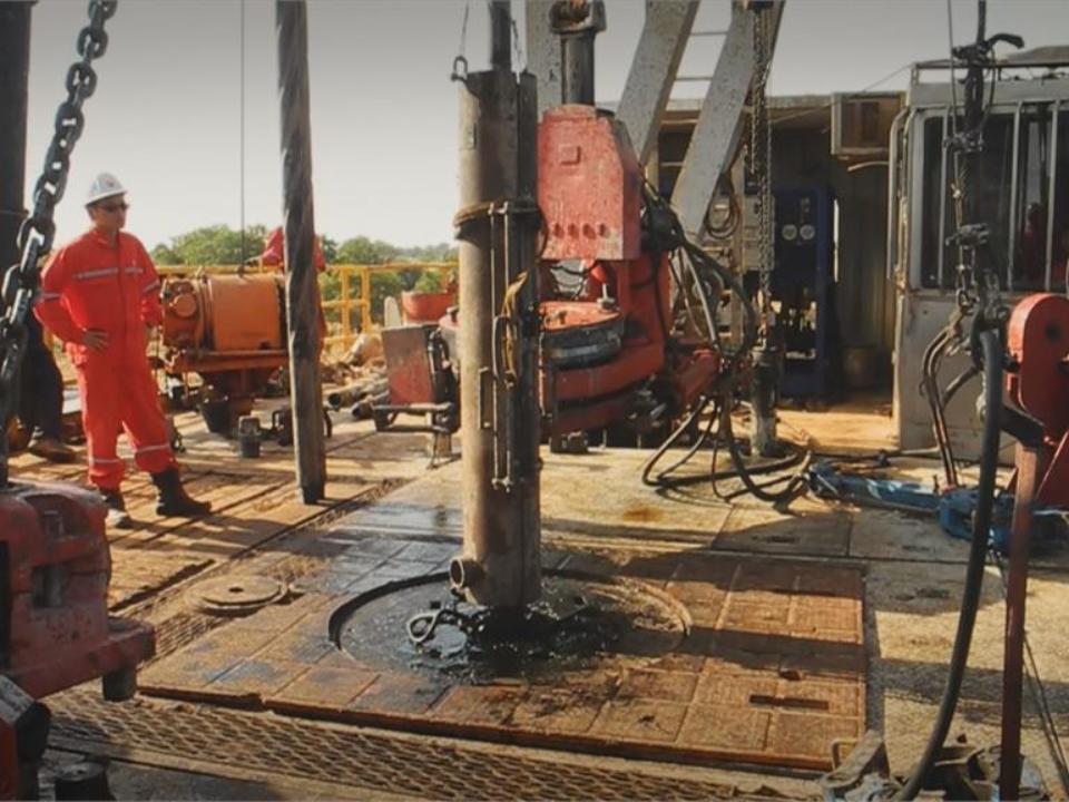 史上首次!非洲查德探勘14年 中油將運回第一桶原油