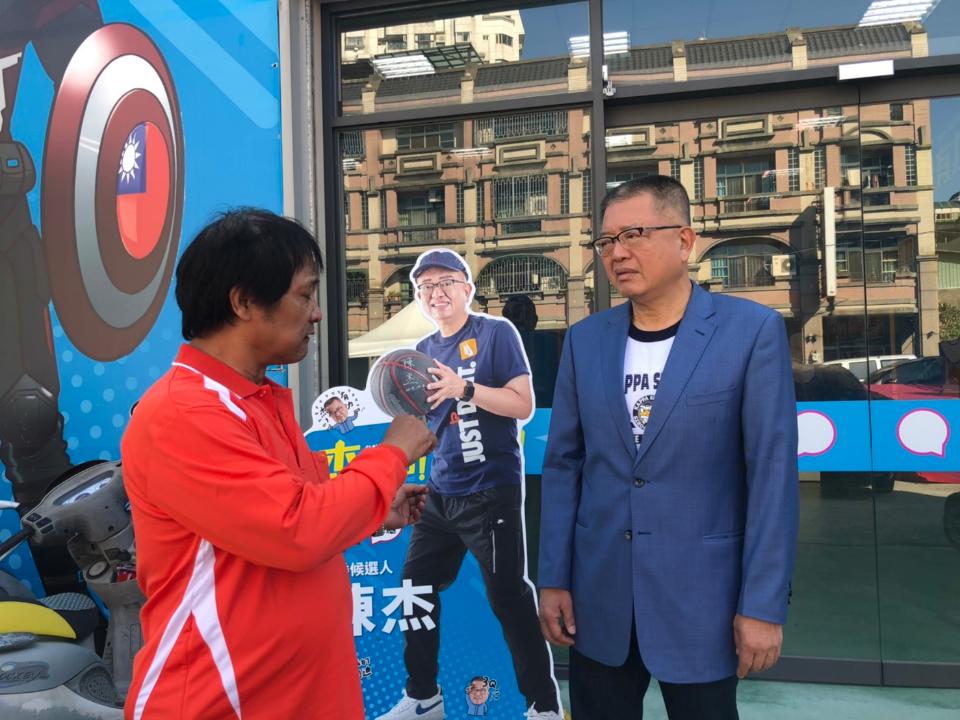 陳杰退選立委批評吳敦義自私自利 黃玉芬出馬爭取第三勢力