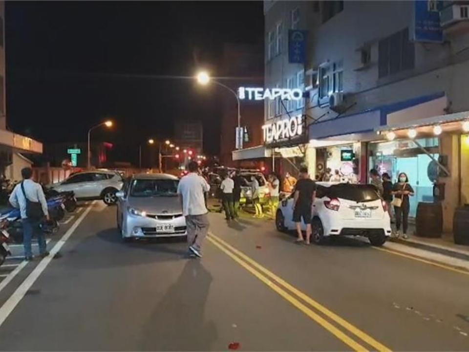 連撞6輛汽機車 肇事駕駛竟是前電台台長