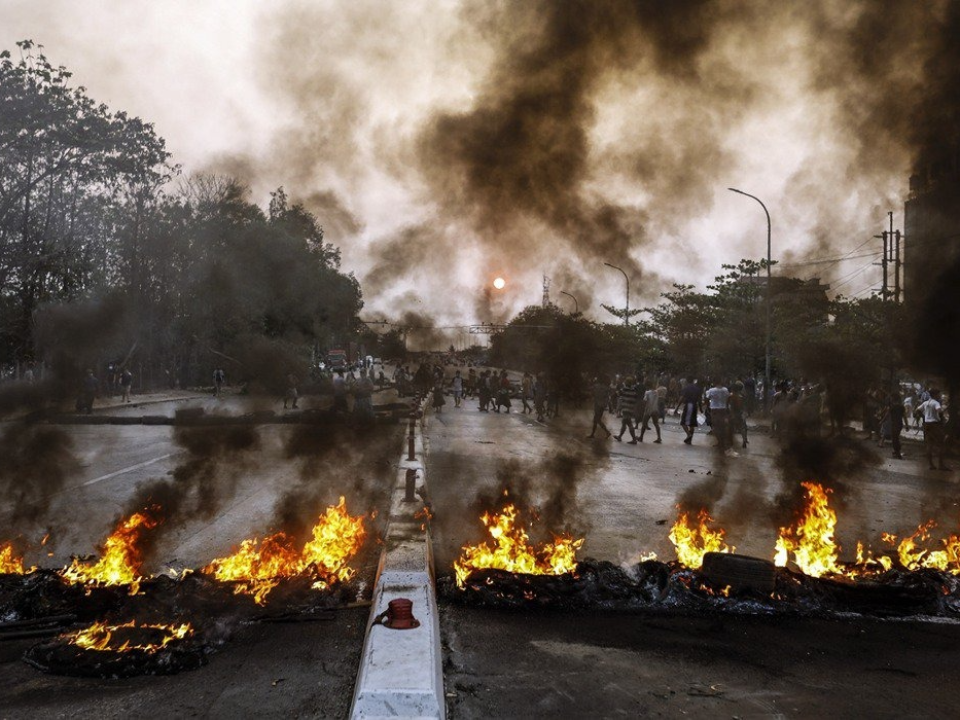 緬軍大屠殺 !20名兒童喪命 逾90死