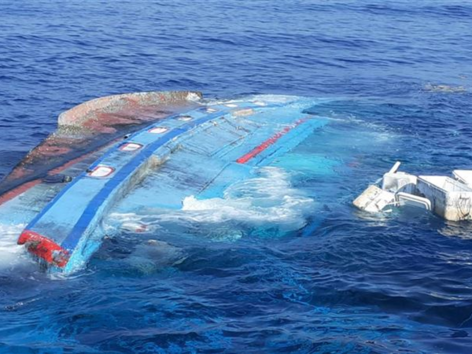 屏東後灣漁船遭撞沉 肇逃船隻被海巡攔獲