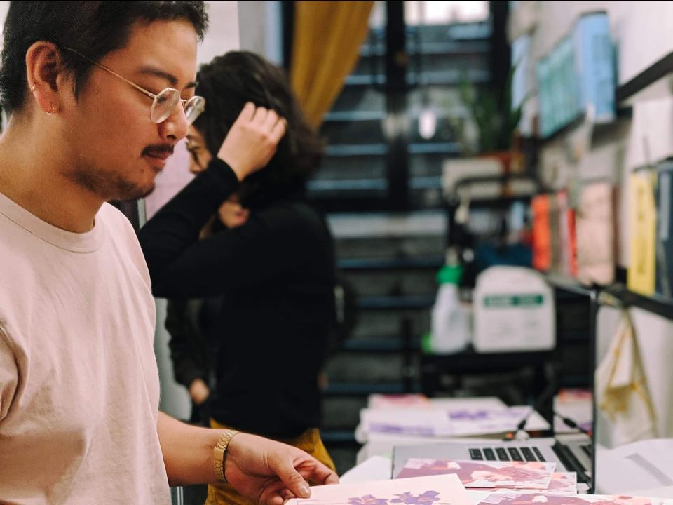 Risograph印刷0距離! 新媒體藝術家官承翰 創新餵養老機器