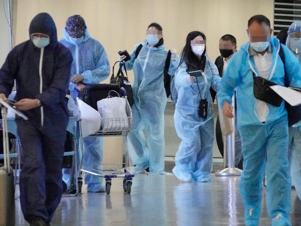 最大規模 確診醫院2500人急篩