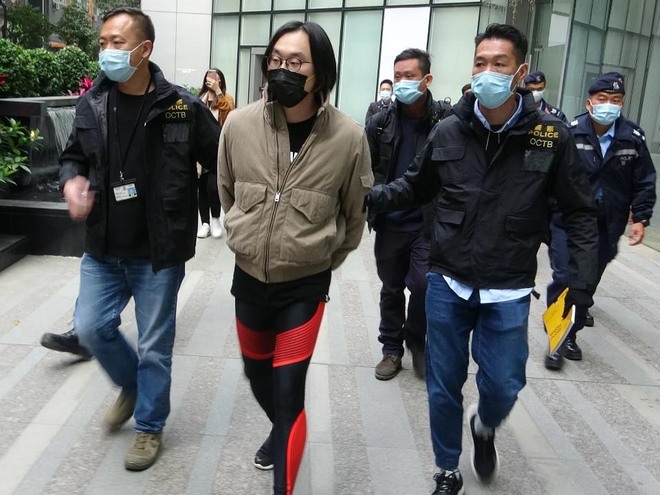 殺雞儆猴!初選觸法?港警逮53名民主派