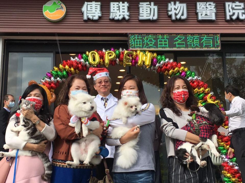 寵物耶誕走秀!寵物微創手術訓練中心開幕   黃明和:提供免費微創犬貓絕育百位名額