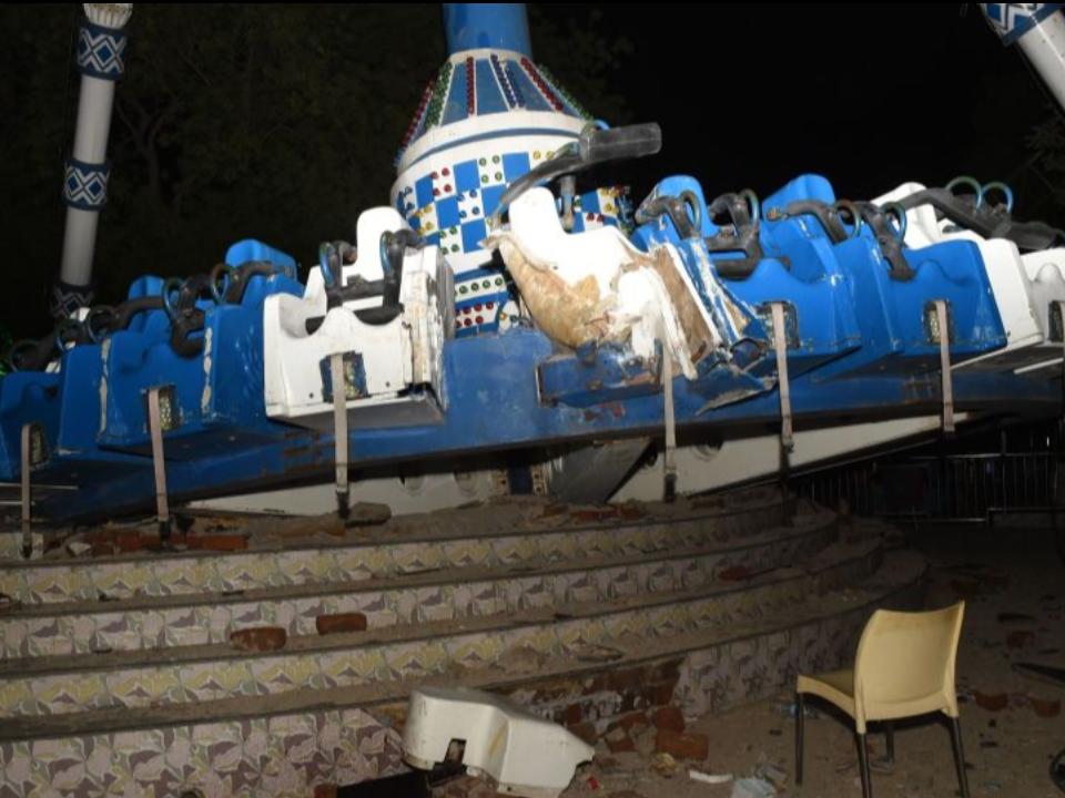 驚悚直擊!遊樂設施空中斷裂 釀28死傷
