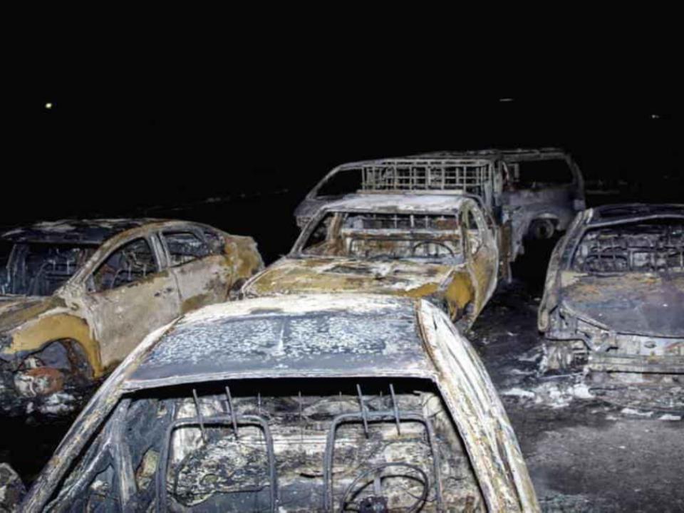 埃及公路旁輸油管陷火海 民眾驚逃