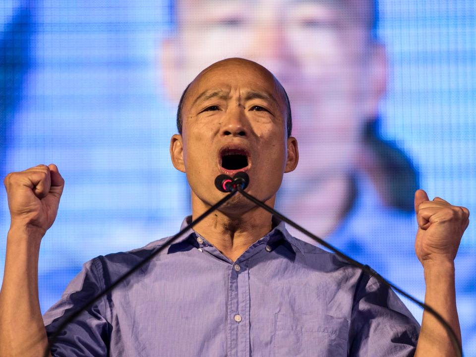 開口屁眼閉口痔瘡要選總統 假庶民操弄台灣選民?