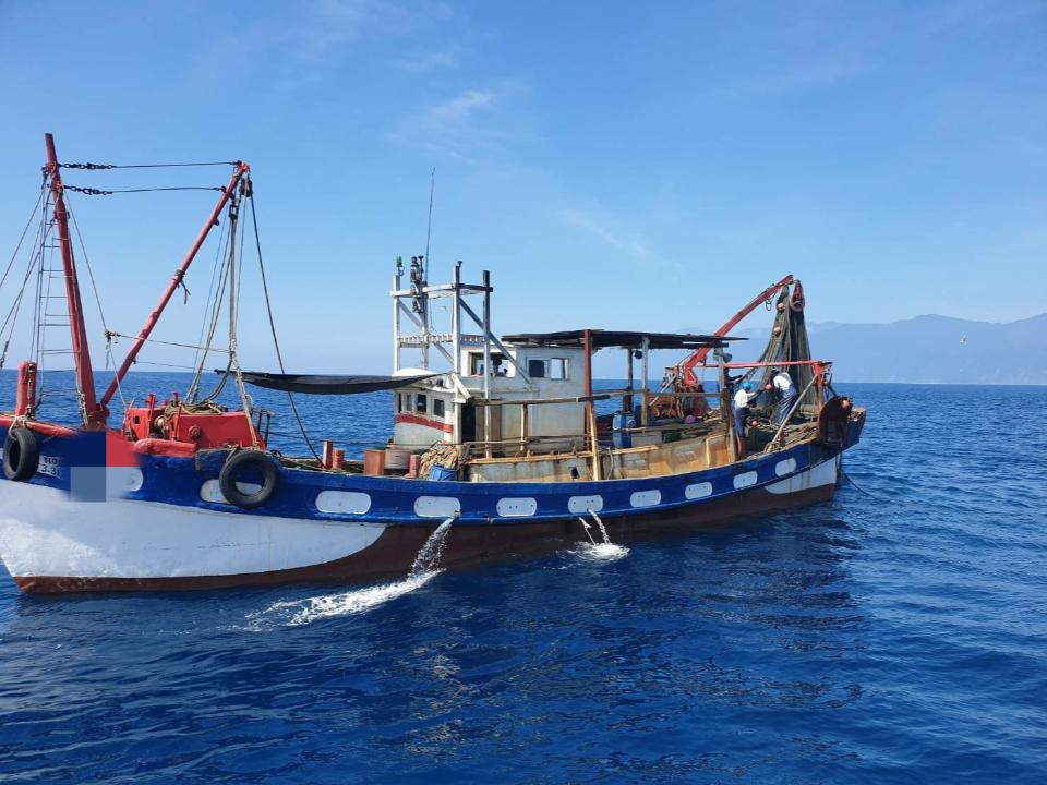 漁船近岸違規捕魚 海巡取締函送裁處