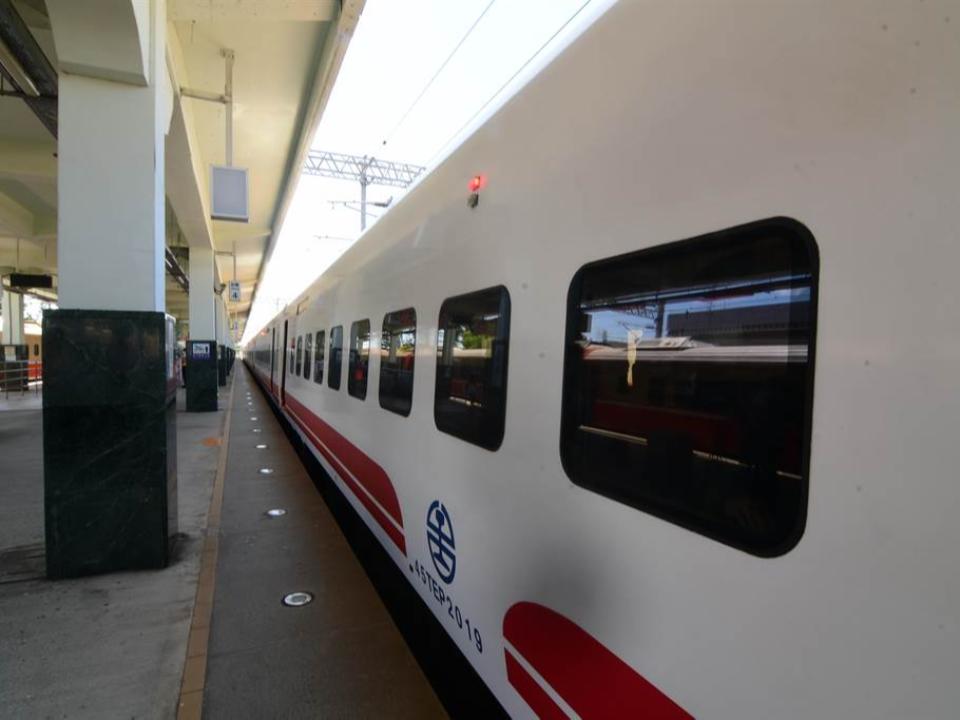 台東春節返鄉專車 納入台鐵購票系統
