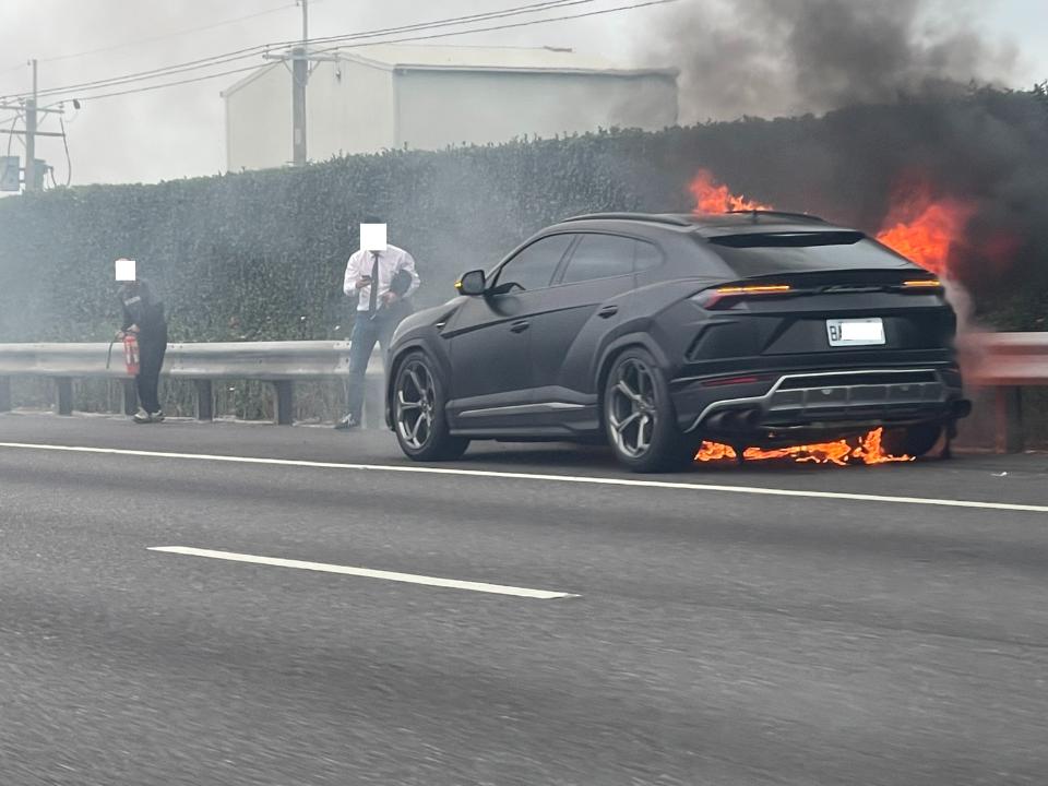 「燒掉一棟房」藍寶堅尼國道火燒車