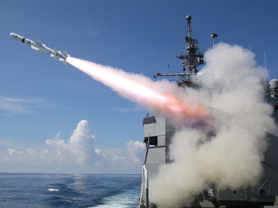 尷尬!「能擊沉航母」實彈魚雷還沒射  靶艦沉了操演無靶可打