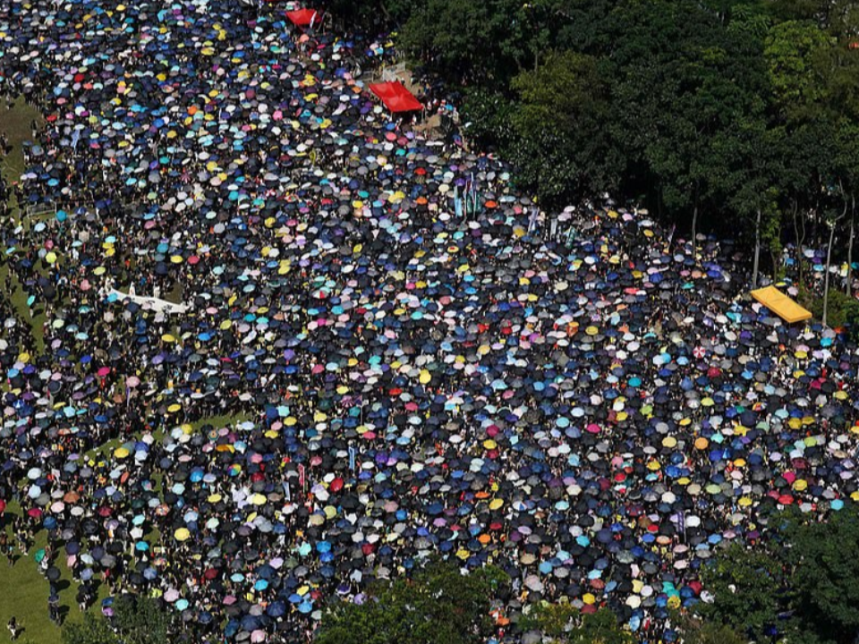 香港七一回歸22週年 反送中大遊行出發了